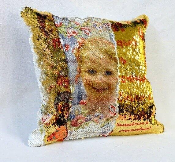 подушка с фото из пайеток
