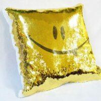 подушка из пайеток с изображением